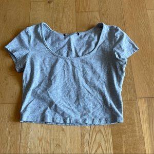 3/$30 plain grey cropped tee shirt size S/M